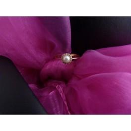 Zlatý prsten perlička v 53